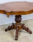 Antiikne mahagonist ümmargune laud