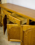 Köögimööbel komplekt söögilaud pikk kummut kuus tooli