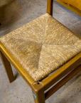 Klassikaline köögimööbel söögilaud kapp kuus tooli